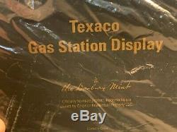 124 Danbury Mint replica scale model Vintage TEXACO GAS SERVICE STATION Display