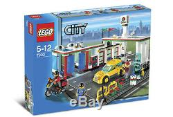Lego Town City Gas Station 7993 SERVICE STATION New Sealed