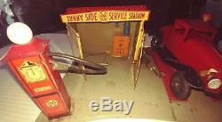 MARX TIN LITHO SUNNY SIDE GAS SERVICE STATION & WYANDOTTE COUPE with LIGHTS