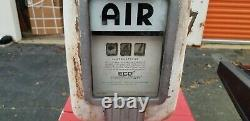 Original Eco 97 Air Meter Tireflator Pump Wall Mount Gas Oil Service Station