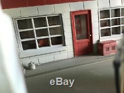 Rare1940. MOBIL GAS, PETROL SERVICE STATION GARAGE DIORAMA. 1/43 Scale. CORGI DINKY