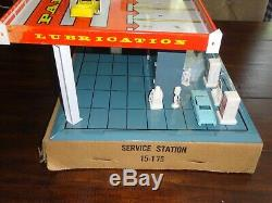 Vintage 1959 Brumberger Tin Litho Superior Service Gas Station play set 24.5