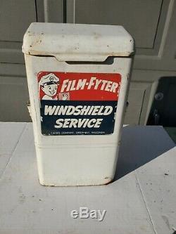 Vintage Film-fyter Gas Station Windshield Washing Service Dispenser Calwis Sign