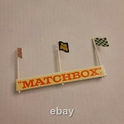 Vintage Lesney Matchbox BP Service Station With Forecourt MG-1 Made in England