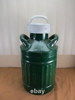 Vintage SINCLAIR 5 Gallon Gas/Oil Can with Embossed Letters Gas Service Station
