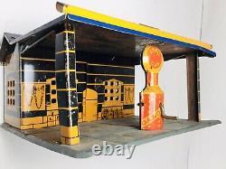 Vintage Tin Marx Service Gas StationAero Gas Pump1929