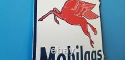 Ancienne Station De Service D'essence De Porcelaine De Mobil Pump Pegasus Motor Oil Sign