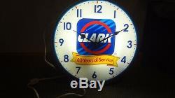 Clark Oil Station D'horloge 80 Années De Service