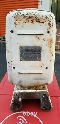 Original Eco 97 Air Meter Tireflator Pump Wall Mount Gas Oil Service Station