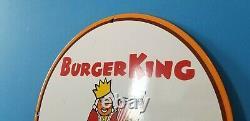 Panneau De La Station De Service Des Boissons Gazeuses De Coca Cola Coca King De Burger Vintage