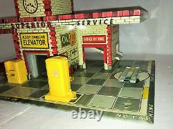 Rare 1949 T. Cohn Gas Station Tin Litho Toy Playset Avec Accessoires