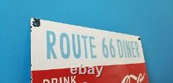 Signe Vintage De Station D'service De Porcelaine De Coca Cola 66