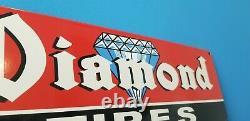 Vieilles Pneus De Diamant Porcelaine Gaz Automobile Station De Service Garage