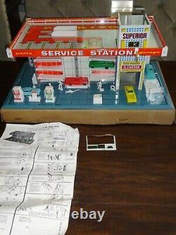 Vintage 1959 Brumberger Tin Litho Station Service Supérieure De Jeu En 24.5