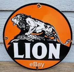 Vintage Lion Essence Porcelain Gas & Service Station Huile Moteur De La Pompe De Plaque Signe