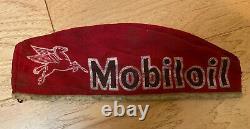 Vintage Mobiloil Service Red Hat Station Cap Publicité Gas Mobil Oil Pegasus