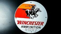Vintage Winchester Porcelaine Signe Gaz Pompe À Huile Plaque Station Service Cowboy Gun